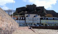 20100401-Gorey-Castle-and-Harbour2-375x218